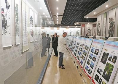 台州市老干部书画摄影作品巡展