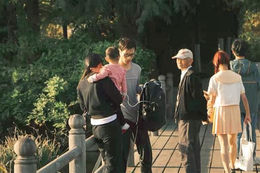 為他點贊!杭州大學生跳湖救人 一身濕衣赴考場