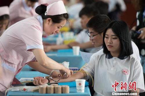 卫健委:将无偿献血纳入社会征信体系是一种激励措施