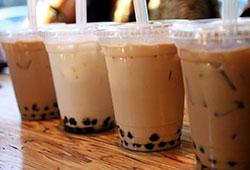 含奶精和咖啡因,孕妇和儿童慎饮奶茶