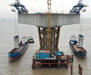 舟岱大桥工程稳步推进