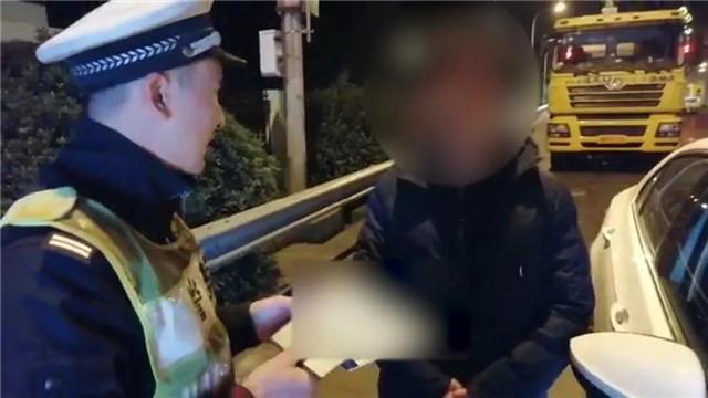"""諸暨小伙練車 高速上20碼龜行 交警急了:""""加速!加速!"""""""