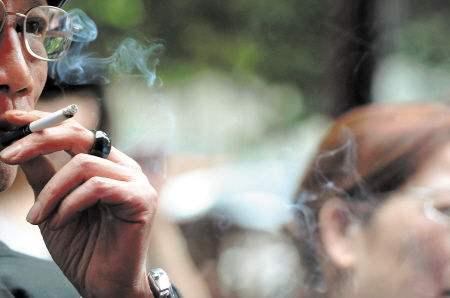 """公共場所禁煙,要喚醒""""沉默的大多數"""""""