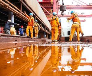 """鼠浪湖港""""岸电""""竣工泊船用上清洁电能"""
