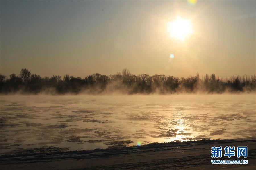 """黄河三盛公水利枢纽库区出现""""水煮黄河""""景观"""
