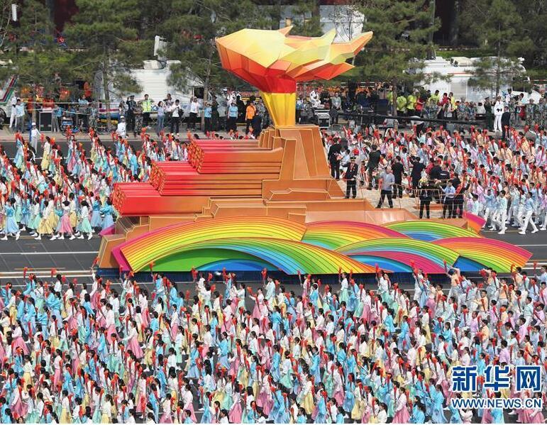 彩云长在有新天――党的十九大以来以习近平同志为核心的党中央关心推进宣传思想工作纪实