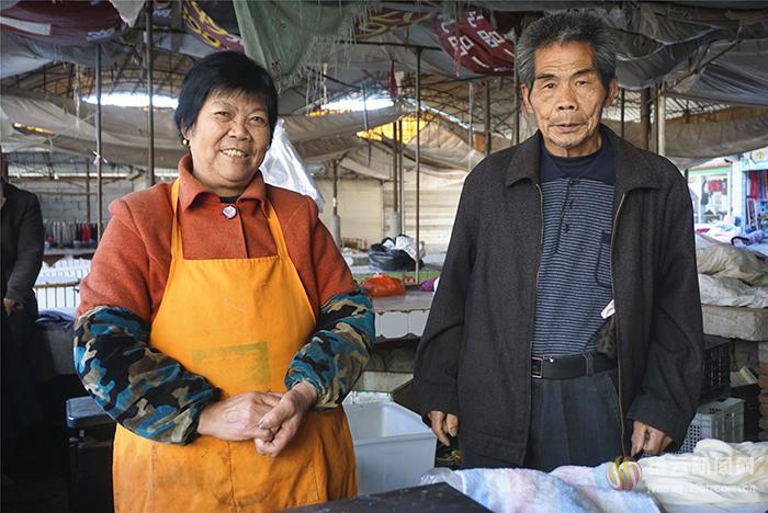 一生节俭 一次奢侈 这对夫妻相当于捐了4438斤豆腐