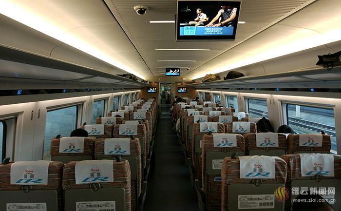 缙云西站首次迎来CR400BF-B型17辆编组超长版列车