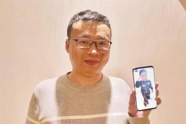 袁兴斌:现在最舒服的瞬间 是N95从耳朵拿下的那一刻