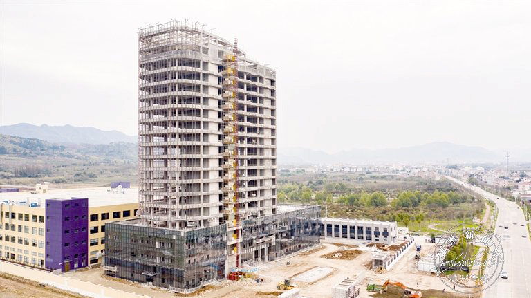 致威家具总部大楼完成主体建设