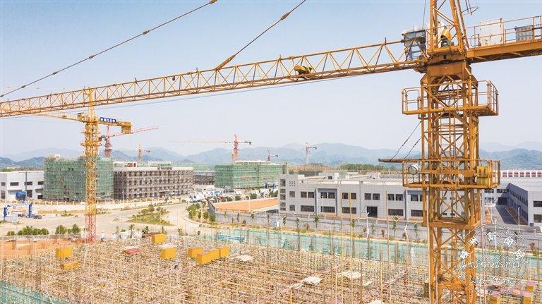 高新园区重点项目建设火力全开