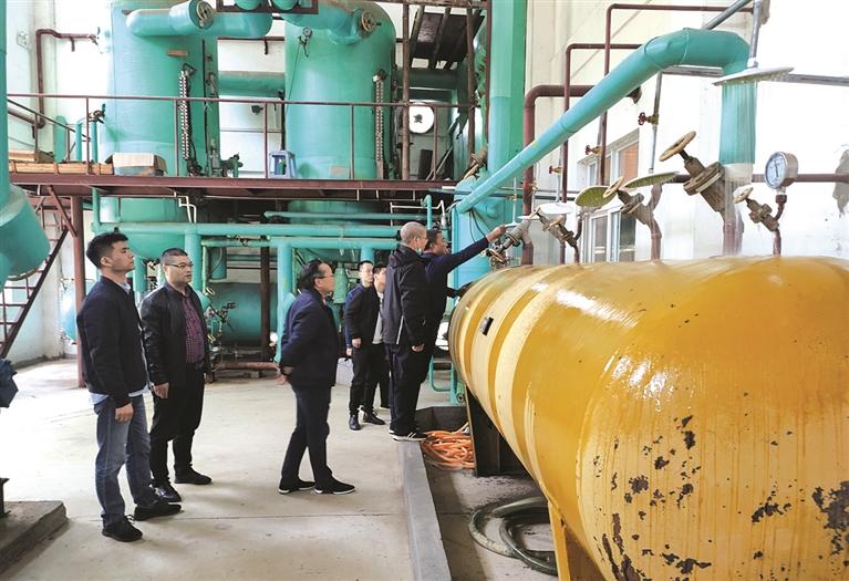 浙江龙泉经济开发区联合市应急管理局开展危化品存储使用企业专项检查