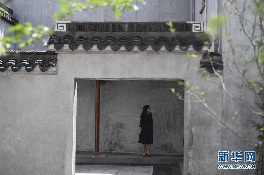 """千年""""丝绸之源""""古村落展新容"""