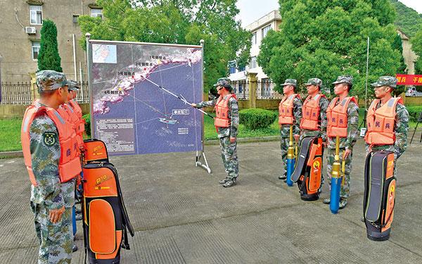 台州军分区民兵专业分队轮训现场观摩会在民兵训练基地举行
