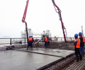 燕窝山陆岛交通码头引桥实现贯通