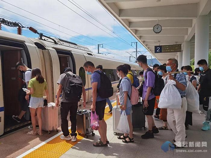 缙云西站增开旅客列车 这周将迎来暑运高峰