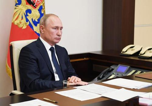 普京签署总统令确定2030年前俄国家发展目标