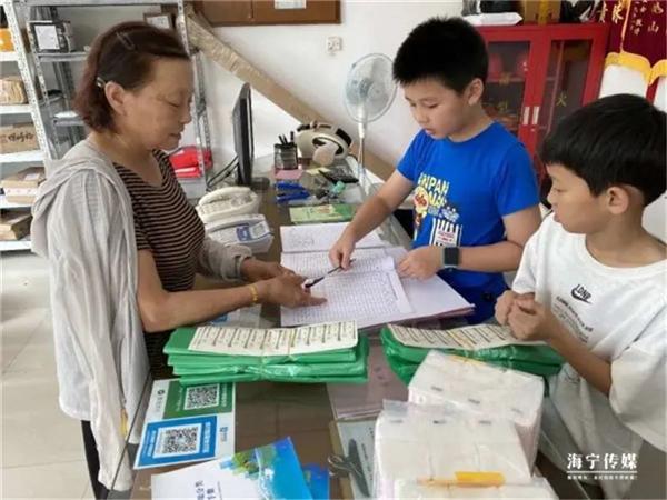 海宁海洲万名学生下社区助力好习惯养成