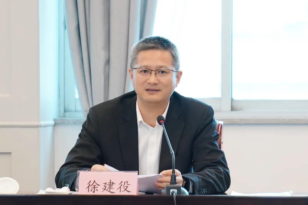 徐建役参加指导市公安局2020年度党委班子民主生活会