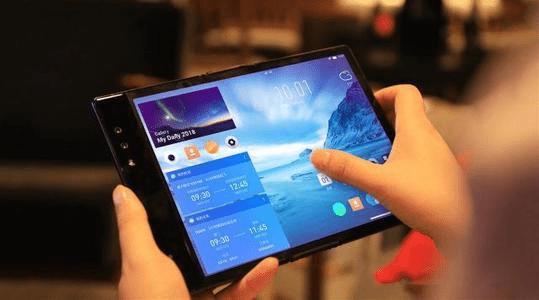 折叠屏手机售价远超大众消费能力仍一机难求