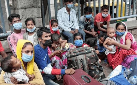 日增34万例、床位难求……印度新冠疫情全面失控