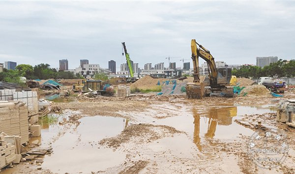 今日直击――非法洗砂场废水直排 执法部门紧急叫停处理