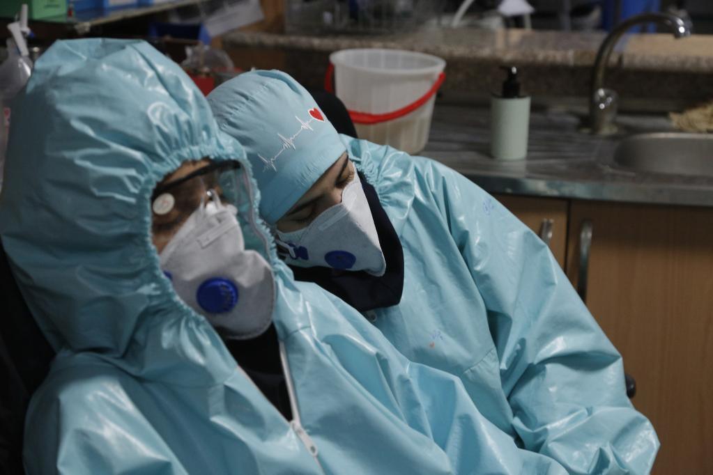 伊朗护士控诉美国制裁