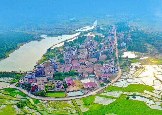 """算好这本""""账"""",建设美丽中国"""