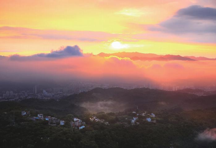 云雾缥缈景如画
