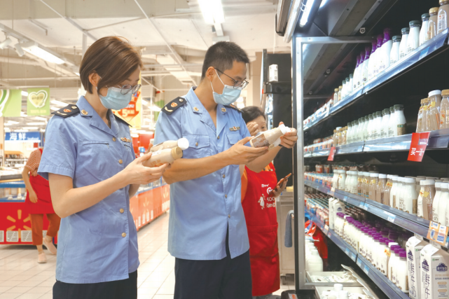 专项检查守护夏日食品安全
