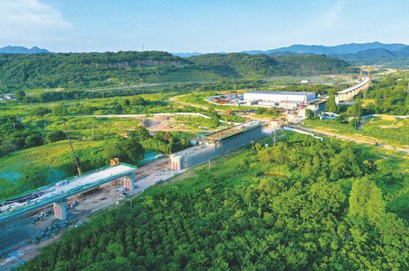 黄泽江特大桥项目稳步推进