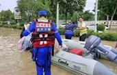 """干得漂亮!""""嵊州蓝""""在河南成功转移灾民40多人次!"""
