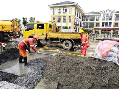 华埠镇实施微项目受益2万群众 花小钱 办急事