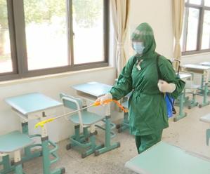 严格落实疫情防控 确保各校开学安全