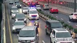 争分夺秒!紧急送医途中,杭州又现45度让行!