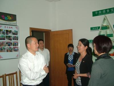 市委书记卢跃东视察庆丰社区